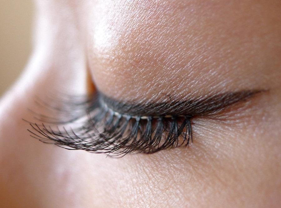 fake-eyelash2