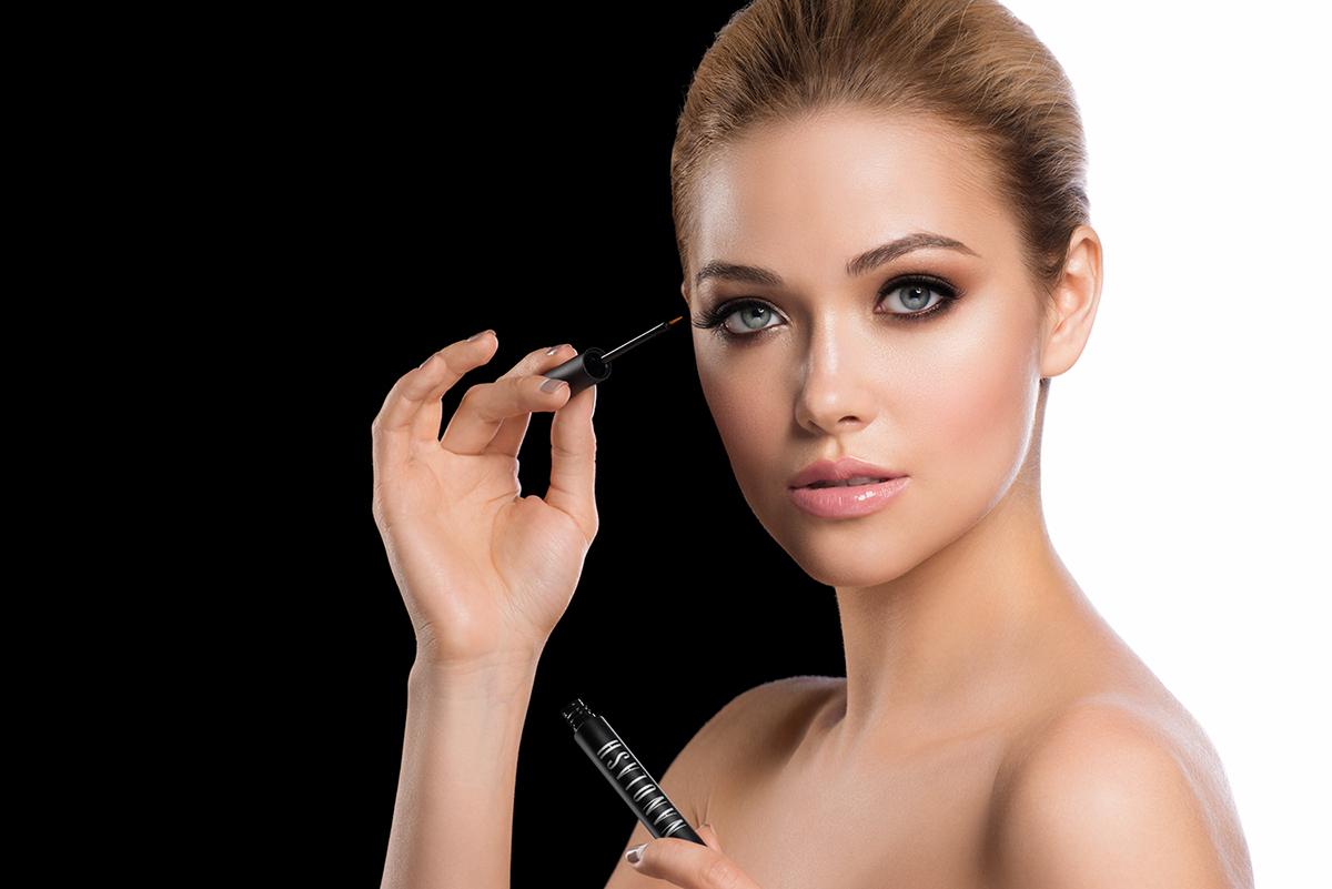 Hvordan kan du forberede vipperne til den store begivenhed? Kunstnerisk makeup og Nanolash øjenvippebalsam